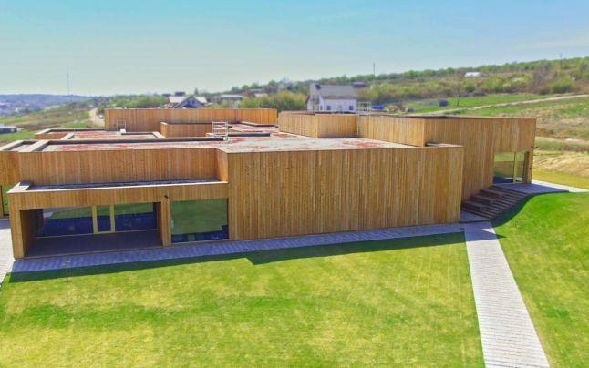 Bihor găzduiește cea mai mare clădire de birouri din lemn din România